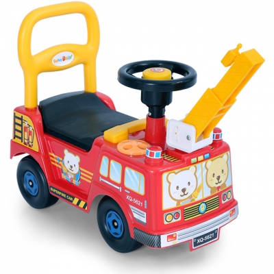 23077 Fire Engine Ride On Car